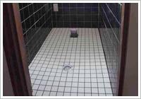 洋式トイレ用床完成